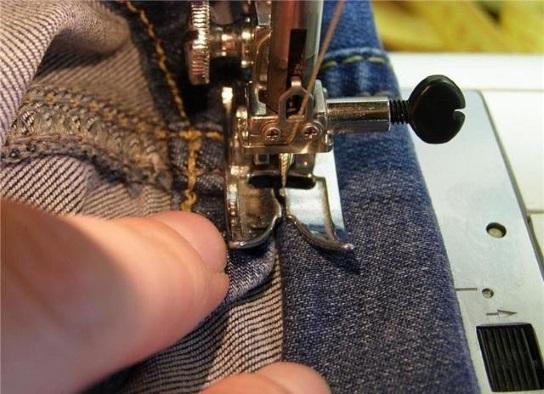утолщение на джинсовой ткани