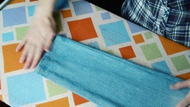 узкие джинсы готовы
