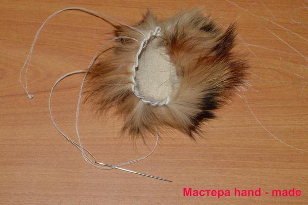 Меховая резинка для волос