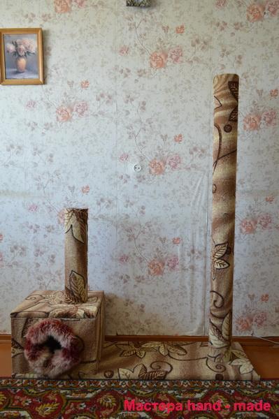 Когтеточка и дом для кошки