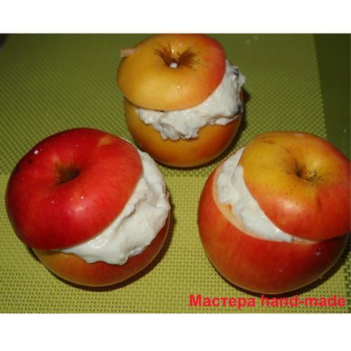 Запеченные яблоки с творогом, рецепт с фото