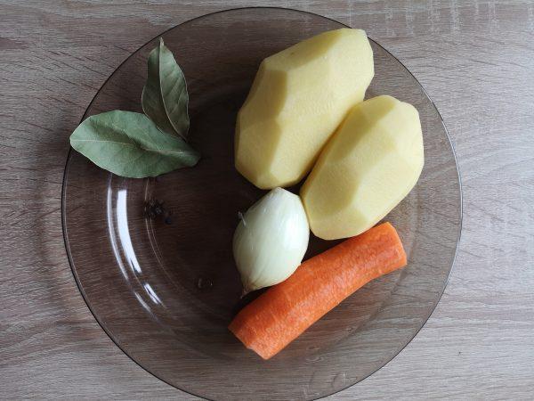 Ингредиенты для супа с гречкой
