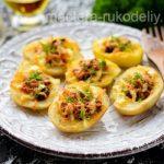 Картофельные лодочки с грибами и сыром в духовке - простой и вкусный рецепт с фото