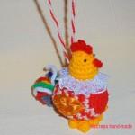 Вяжем елочную игрушку – петушок крючком, описание с фото