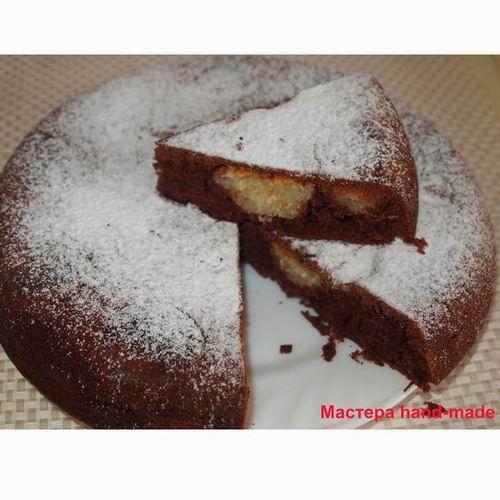 Шоколадный пирог с творожными шариками, рецепт для мультиварки