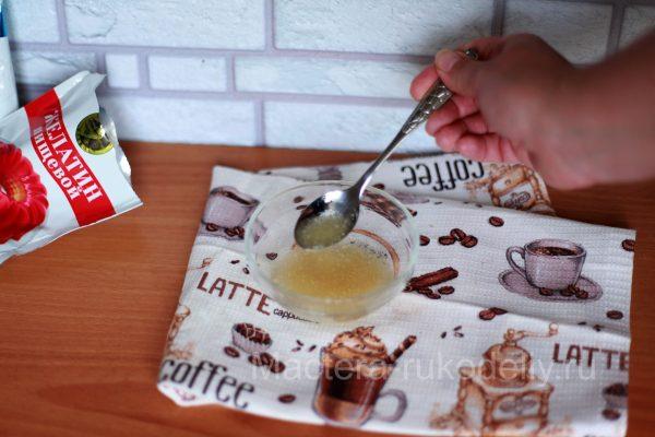 Желатин для глазури на кекс.